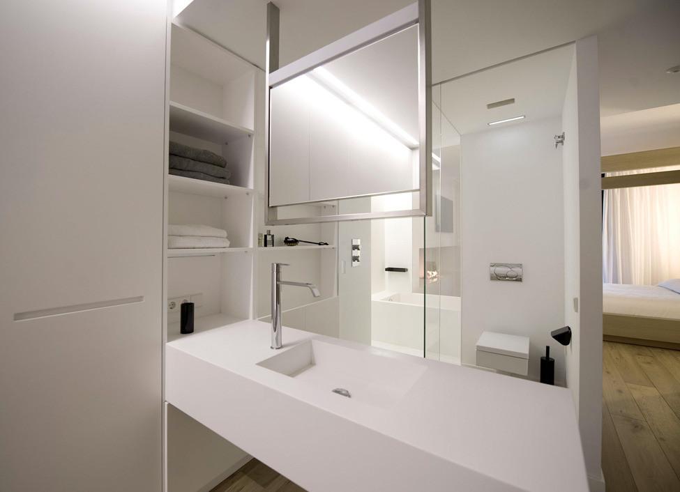 Дизайн в стиле хай-тек: ванная комната