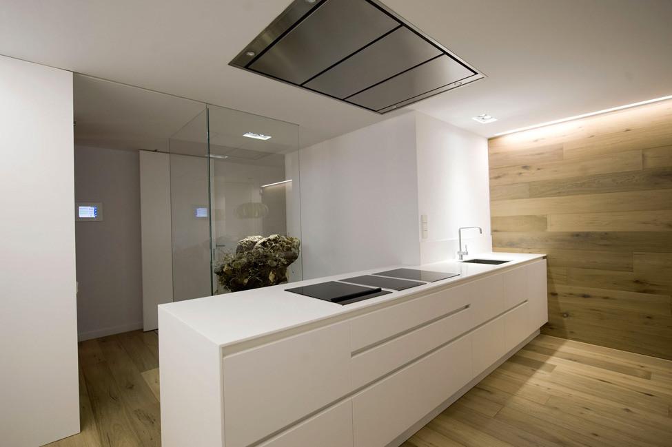 Дизайн в стиле хай-тек: кухня